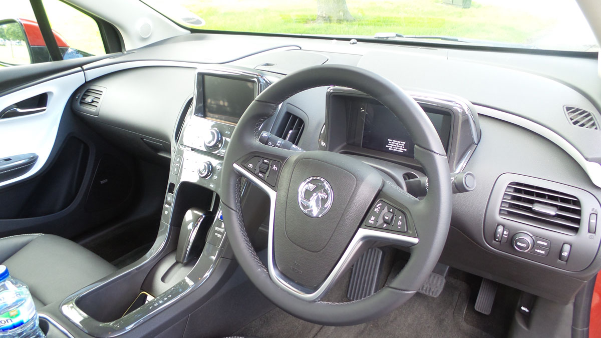 Vauxhall Ampera steering wheel and dashboard