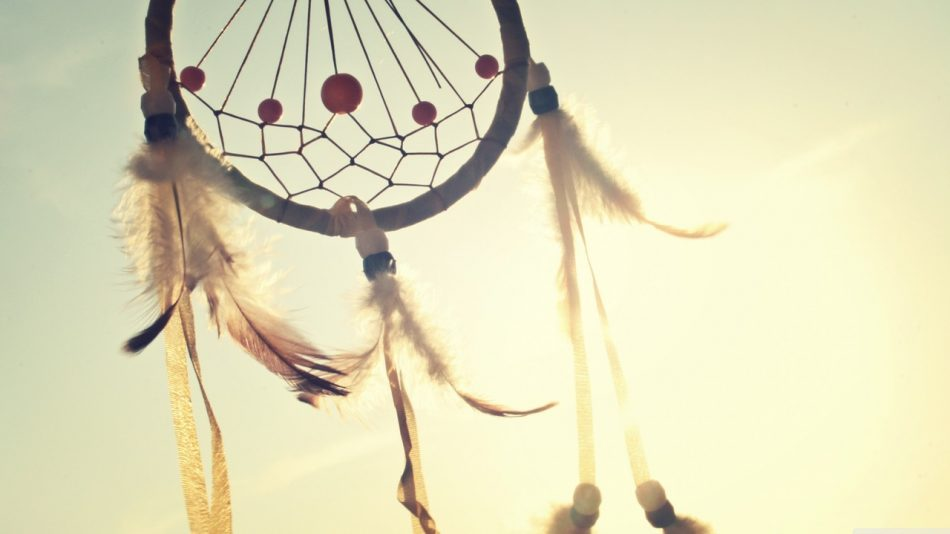 sunny-summer-dreamcatcher-feathers
