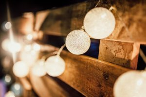 depth-of-field-illuminated-light-bulbs-1215853